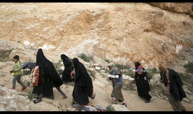 الأمن الروسي يحذر من تجنيد ذوي الإرهابيين الذين عادوا إلى أوطانهم