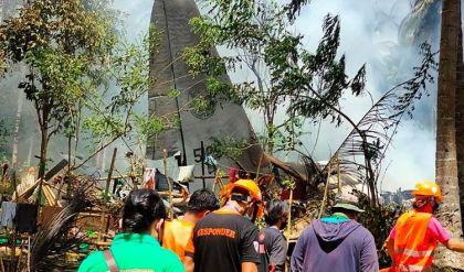 ارتفاع حصيلة قتلى تحطم الطائرة العسكرية الفلبينية إلى 50