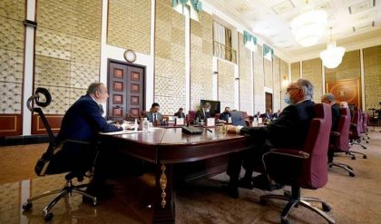 مجلس الوزراء يصوت على عدة قرارات من ضمنها إعادة العمل بالفرعين الأدبي والعلمي بالعراق
