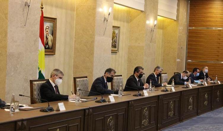 مسرور بارزاني: أوفينا بجميع التزاماتنا تجاه بغداد ويجب عدم زج الرواتب في الصراع السياسي