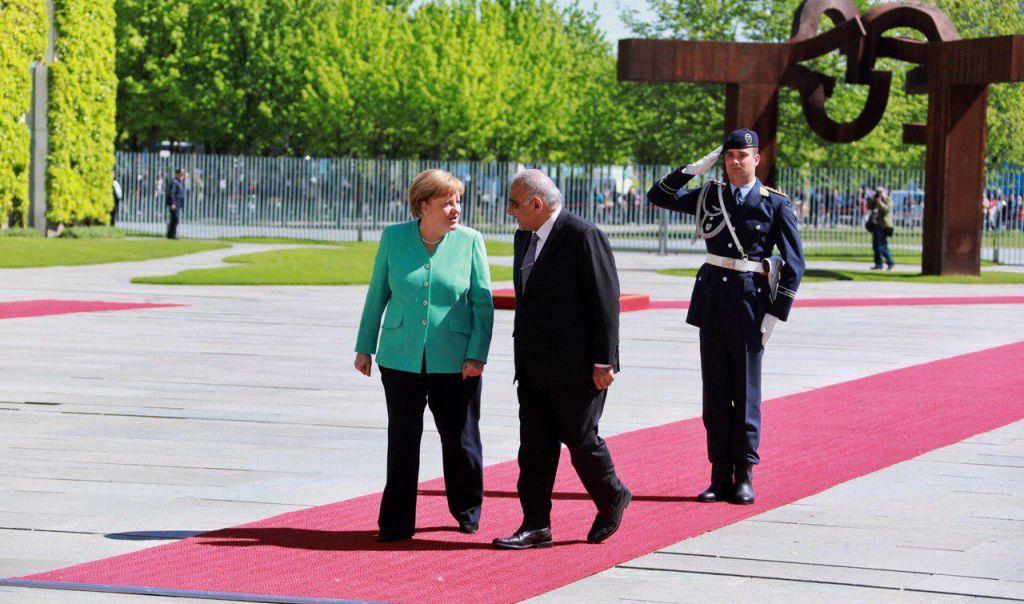 عبدالمهدي يلتقي ميركل في المانيا