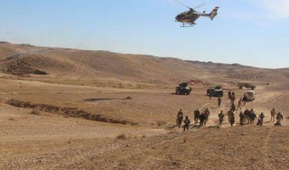 """الحشد يقصف رتلا لـ""""داعش"""" حاول دخول الاراضي العراقية من سوريا"""